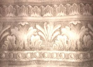 scroll taupe wallpaper border, textured, glazed, tradtional, classic, scrolls, egg pattern