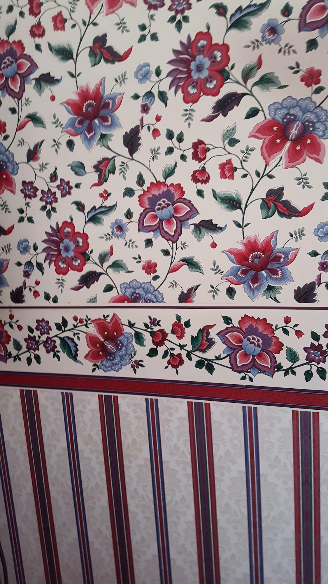 Wallpaper as wainscoting